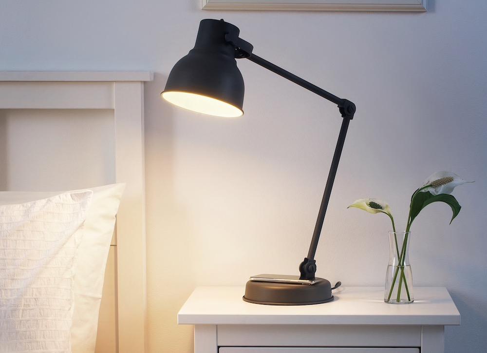 Lámparas con cargador inalámbrico Ikea